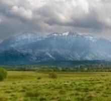 Mountain panorama by naturalis