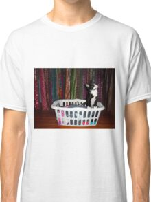 Adorable kitty in a hamper - 2 Classic T-Shirt
