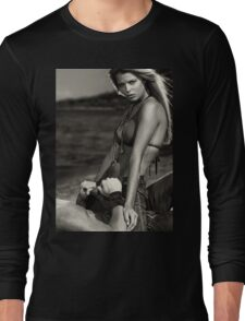 Sensual dramatic black and white portrait of a sexy couple at a sandy beach art photo print Long Sleeve T-Shirt