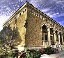City Library - Hillsboro, Texas by Terence Russell