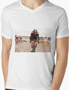 Chris Froome Mens V-Neck T-Shirt