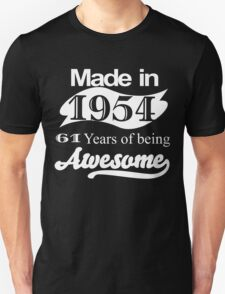 MADE IN 1954 61 YEARS OF BEING AWESOME T-Shirt