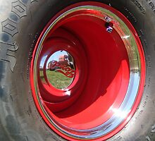 Red Wheel  by dwcdaid