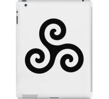 Triskele Chest Design (Black) iPad Case/Skin