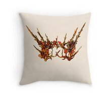 thranduil crown Throw Pillow