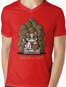 GAME OF CATS Mens V-Neck T-Shirt