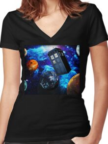 Doctor Who Space Women's Fitted V-Neck T-Shirt