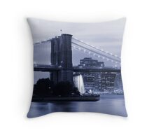 New York in Black and White Throw Pillow