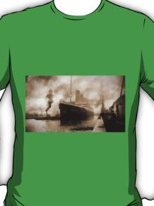Titanic the Ship of Dreams T-Shirt