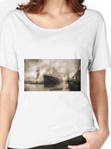 Titanic the Ship of Dreams Women's Relaxed Fit T-Shirt