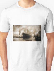 Titanic the Ship of Dreams Unisex T-Shirt