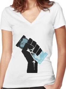 WikiLeaks Revolution Women's Fitted V-Neck T-Shirt