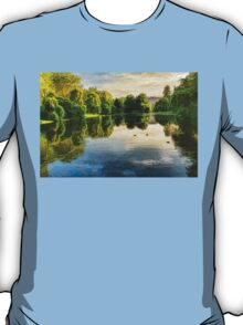 Impressions of Summer - St James's Park Lake Reflections T-Shirt