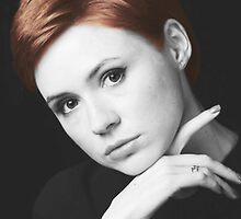 Karen Gillan Short Hair by Maninthefez