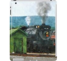 Steam Engine Coming into Train Yard iPad Case/Skin