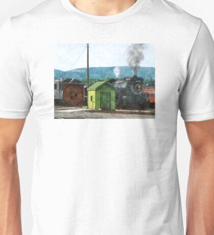 Steam Engine Coming into Train Yard Unisex T-Shirt