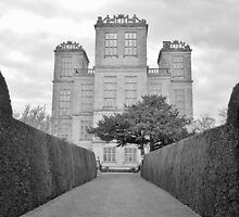 Hardwick Hall by winter-soldierr