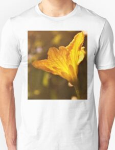The yellow of the eye T-Shirt
