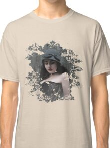 Lady Grey Classic T-Shirt
