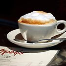 Latte and Lunch by linaji