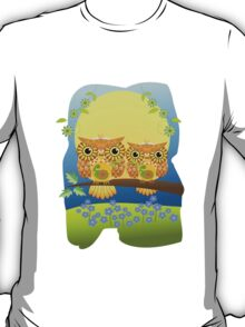 Spring flower power Owls on a branch T-Shirt