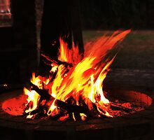 Firepit Sans Flash by Gideon van Zyl