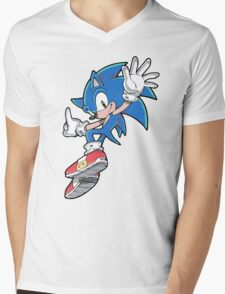 Sonic Jumping Mens V-Neck T-Shirt