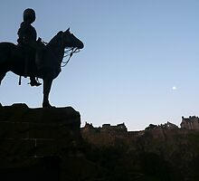 Daybreak Over Edinburgh Castle by Andrew Ness - www.nessphotography.com