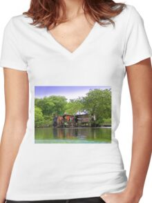 Life In Bocas Del Toro, Panama Women's Fitted V-Neck T-Shirt