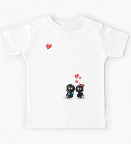 dolls in love Kids Tee