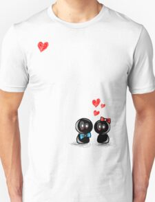 dolls in love T-Shirt