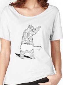 Bear Hails a Taxi Women's Relaxed Fit T-Shirt