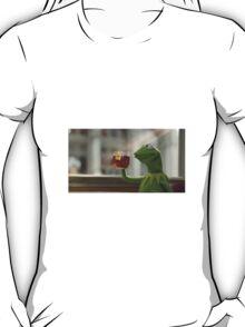 sippin dat tea T-Shirt
