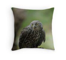barking owl Throw Pillow