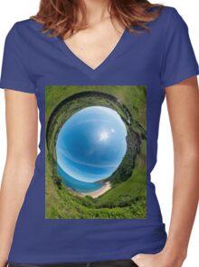 Kinnagoe Bay - Sky In Women's Fitted V-Neck T-Shirt