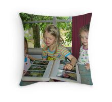 Look – who it is! Throw Pillow