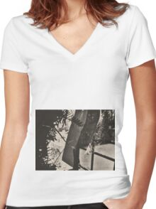 10:58, Still Snowing Women's Fitted V-Neck T-Shirt
