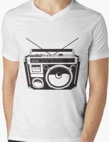 Retro radio Mens V-Neck T-Shirt