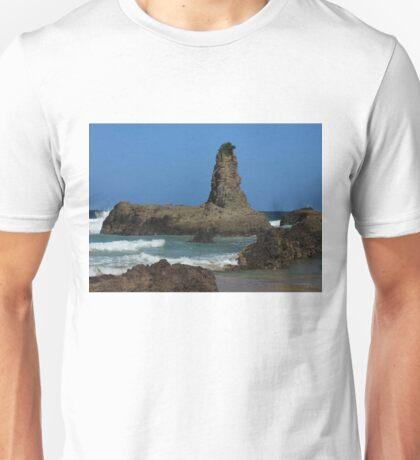 Kiama Rocks Unisex T-Shirt