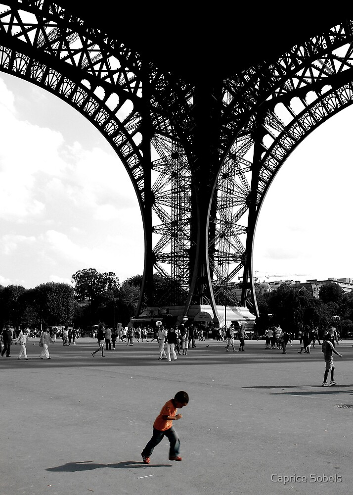 Enfant Eiffel by Caprice Sobels