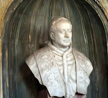 Bust of Pope in Vatican by Memaa