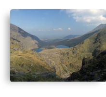 Macgillycuddy Reeks summer view Canvas Print
