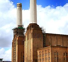 Battersea power station chimneys by mistertof