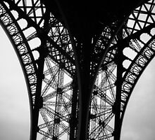 Eiffel Tower by sgbphotos