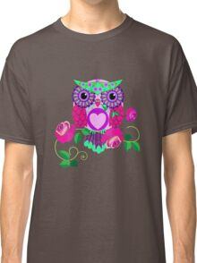 Cute Valentine's flower power Owl with roses Classic T-Shirt