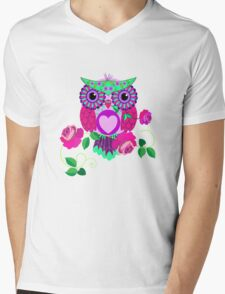 Cute Valentine's flower power Owl with roses Mens V-Neck T-Shirt
