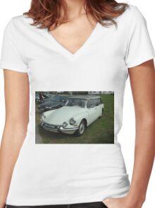 Citroen DS Safari Women's Fitted V-Neck T-Shirt