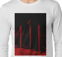 Bend Oregon in Black and Red (USA flag) Long Sleeve T-Shirt