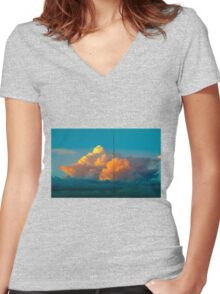 Apricot sunset Women's Fitted V-Neck T-Shirt