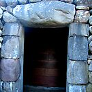 Cairn Entrance by HELUA